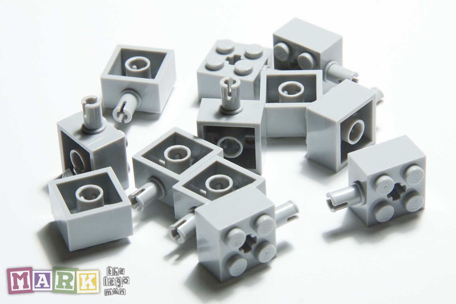 Lego Light Grey Brick 2x2 with Pin Axlehole