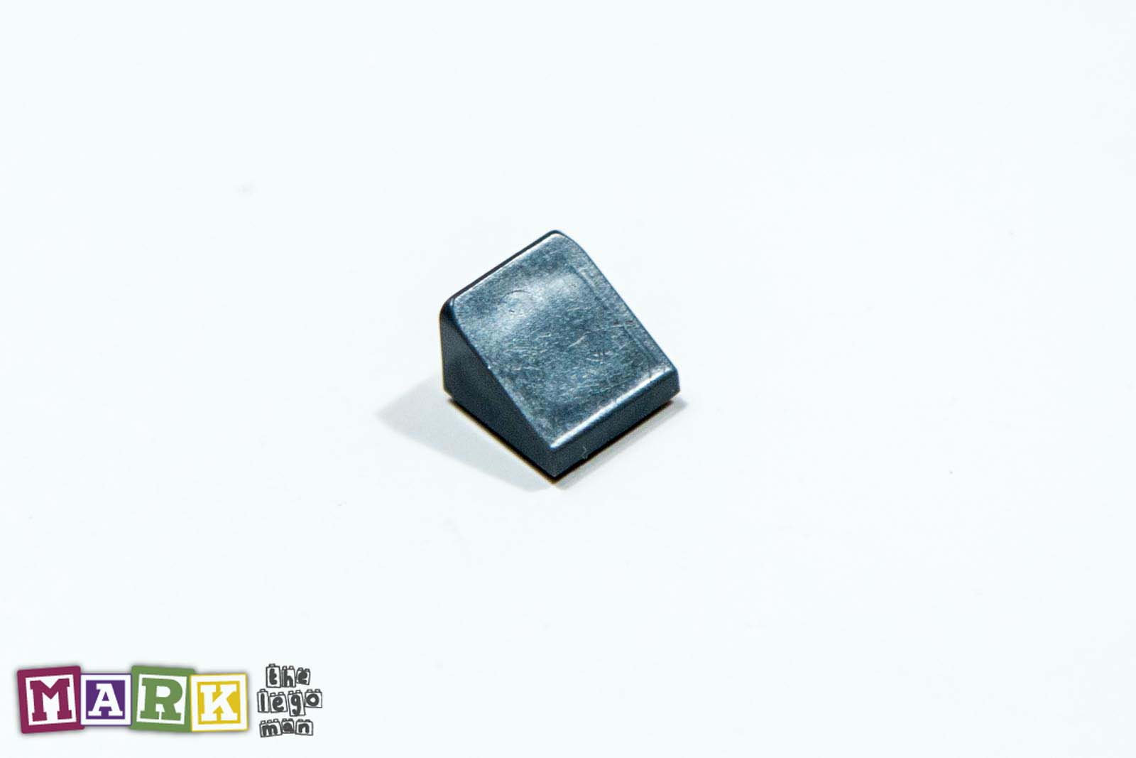 4504378 54200 Dark Standard Grey 1x1x2/3 Roof Tile