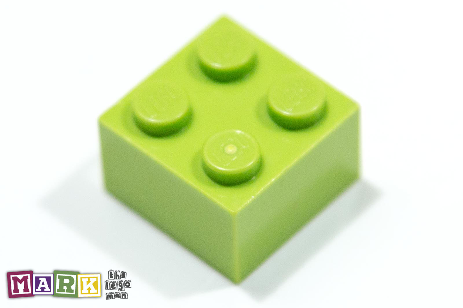 4220632 3003 Bright Yellow Green 2x2 Brick