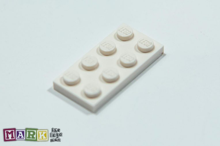 NEW Lego 302001 3020 1x White 2x4 Plate