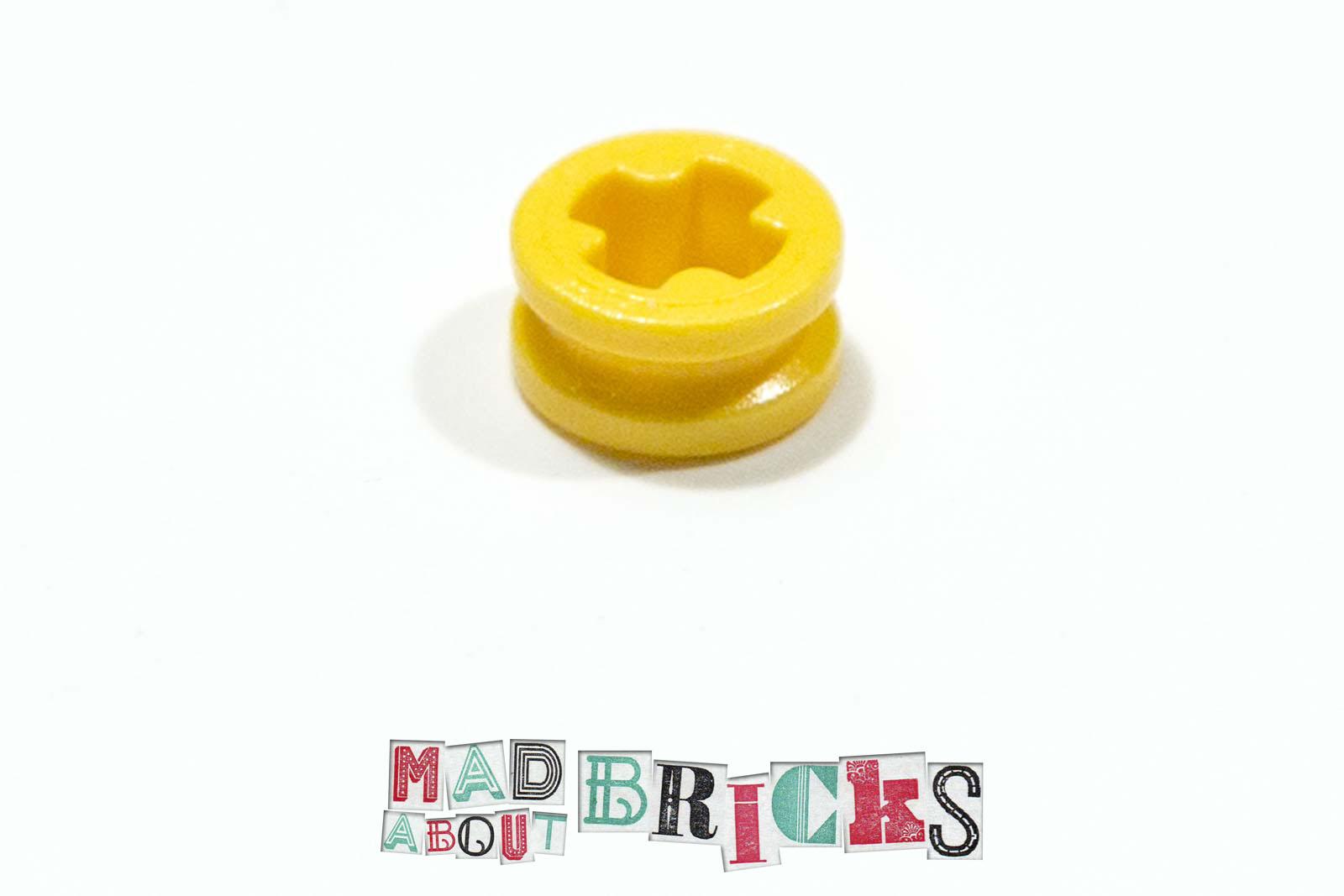 Technic Pieces 4239601 NEW 10 Yellow 1//2 Bush 32123 Bushing LEGO